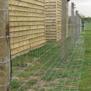 poultry-fence-tornado