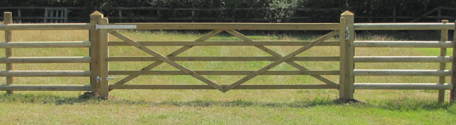 wooden 5 bar field gates