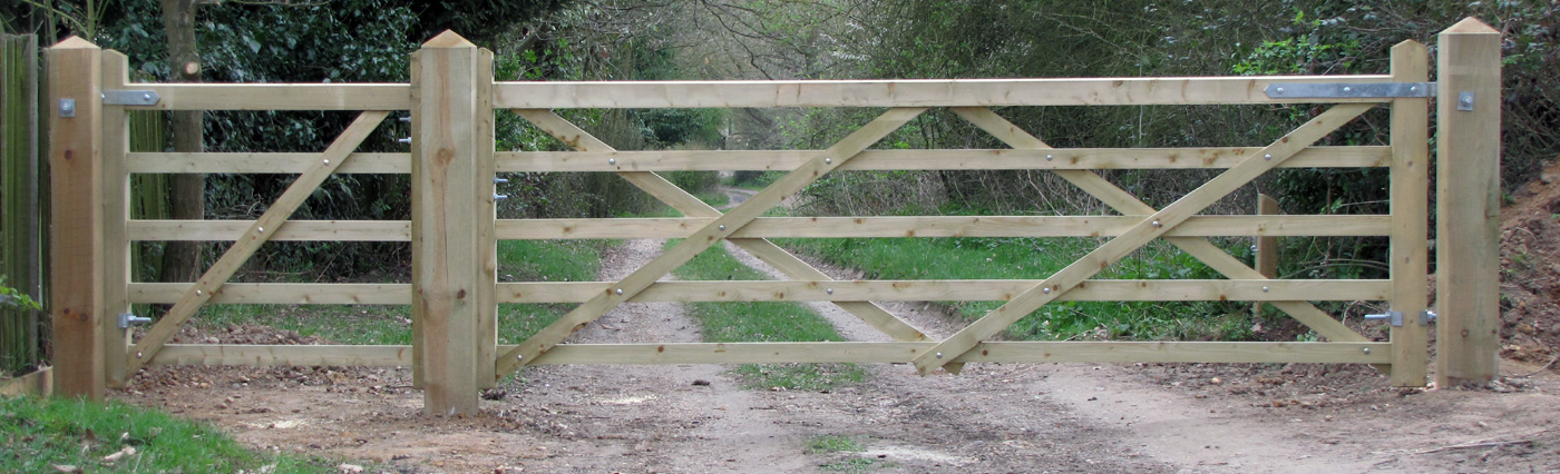 5 bar wooden gates